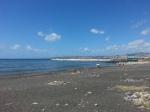 Una delle spiagge (abbandonate) di San Giovanni da cui si vede la città