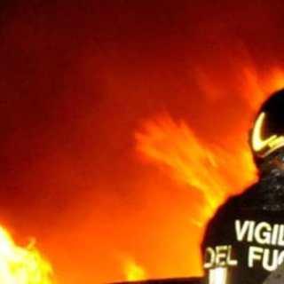 incendio-vigili-del-fuoco-2