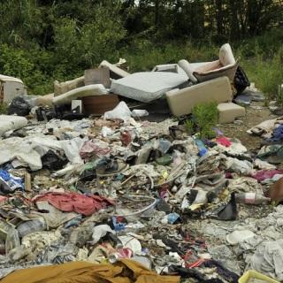 'Il parco che non c'è' di Roma Est una discarica abusiva